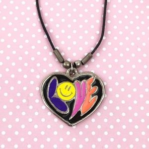 Vintage | 90s Choker Necklace Love Heart Smiley